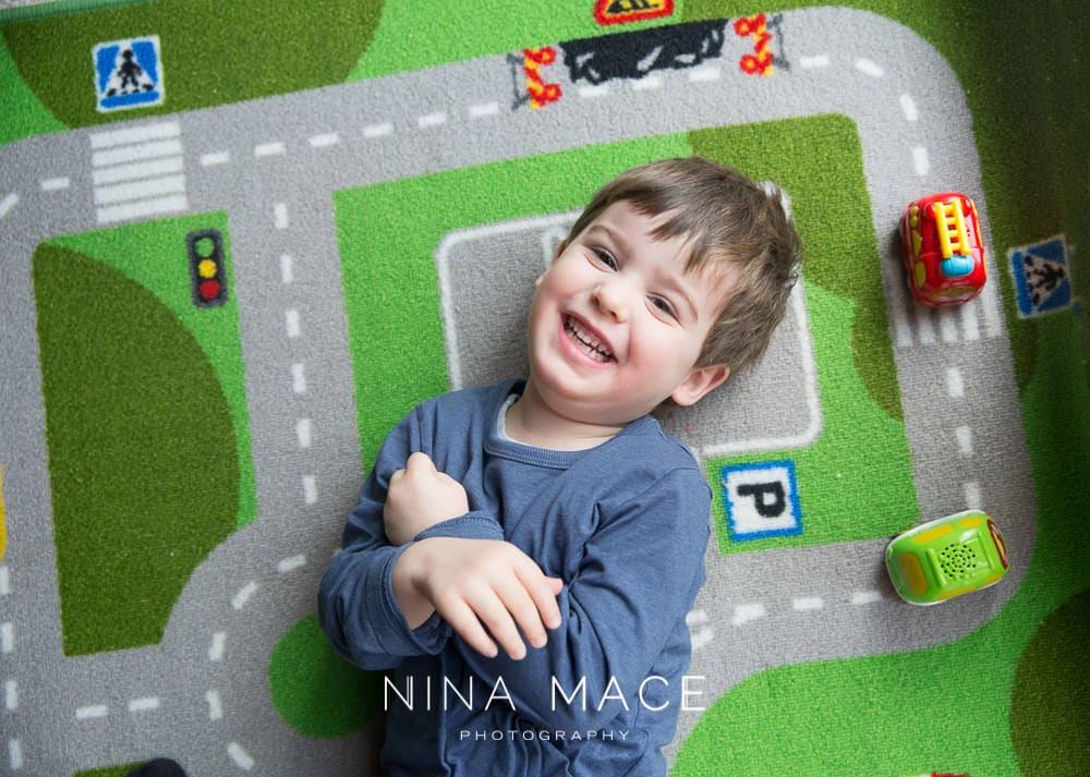 Children's photographer Nina Mace: Smile project