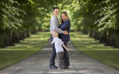 Outdoor family photo session Harpenden, Rothamsted Park